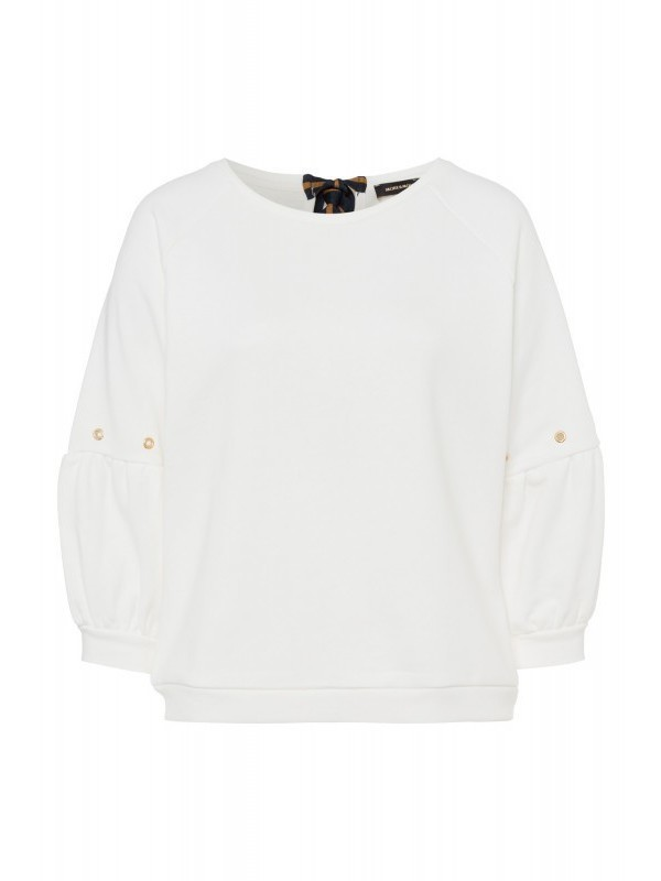 Sweater More & More